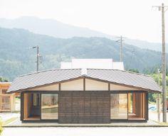 郷愁を誘う木造の平屋