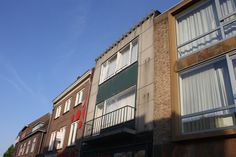 winkelpand Helmond voor de verbouwing Multi Story Building