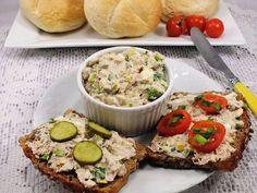 Błyskawiczna i przepyszna :) Salmon Burgers, Avocado Toast, Guacamole, Mashed Potatoes, Salads, Food And Drink, Snacks, Breakfast, Ethnic Recipes