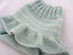 Knitting Pattern Baby Skirt : 1000+ images about Knitting-babies-dresses&skirts on Pinterest Baby dre...