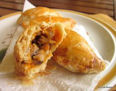 No-Frills Recipes ... cooking, baking & excerpts on travel: Baked Curry Puffs