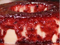 Flan de Coco com Coulis de Frutas Vermelhas