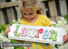 Custom name plaque made to order wall por SerendipityHillShop Painted Letters, Wooden Letters, Wooden Names, Baby Decor, Kids Decor, Baby Shower Gifts, Baby Gifts, Name Wall Decor, Name Plaques