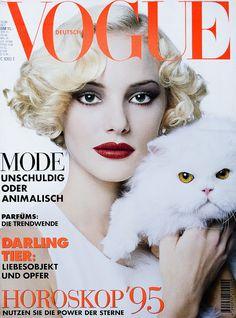 Jaime Rishar for German Vogue December 1994 Vogue Magazine Covers, Fashion Magazine Cover, Fashion Cover, Vogue Covers, Neutral Skin Tone, Neutral Blonde, Playmate Gallery, Fashion Models, Tiny Blonde