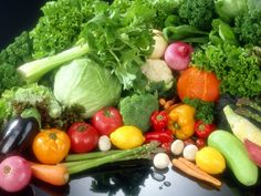 Most fruits and vegetables are low fat, ideal for use in weight loss diets. Dietitian, Juliette kellow shows how to make the best of fruit and veg to lose weight.
