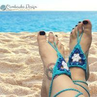 """""""Its time to get ready for a Beach Day! Lets all get pedicures and show off our pretty feet with a pair of Beach Day Barefoot Sandals! Perfect for a beach day gathering, a party by the pool or even a special event like a wedding on the beach. Crochet Sandals, Crochet Shorts, Crochet Water Balloons, Barefoot Sandals Pattern, All Free Crochet, Summer Patterns, Boot Cuffs, Bare Foot Sandals, Crochet Accessories"""