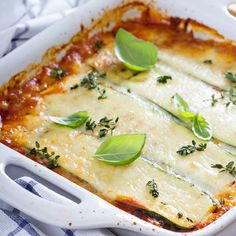 Healthy Vegetarian Lasagna, Vegetable Lasagna Recipes, Vegetable Pizza, Lasagna Recipe Without Ricotta, Zucchini Puffer, Easy Meals, Healthy Recipes, Cooking, Food