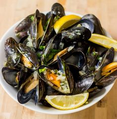 Make the perfect mussels with this recipe.
