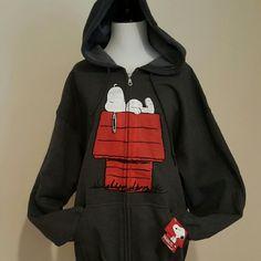 NEW Snoopy Custom Gildan Full Zip Hooded Large NEW Snoopy Custom Gildan Full Zip Hooded Large SUPER SOFT  Material: 50% Cotton / 50% Polyester GILDEN  Tops Sweatshirts & Hoodies