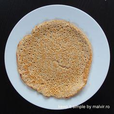 Dosas – clatite sau lipii indiene sunt un inlocuitor foarte bun pentru paine deoarece sunt fara gluten siin acelasi timp sunt proteice si foarte gustoase. Gustul lor poate fi dat de diverse … Indiana, Curry, Gluten, Ethnic Recipes, Food, Curries, Essen, Meals, Yemek