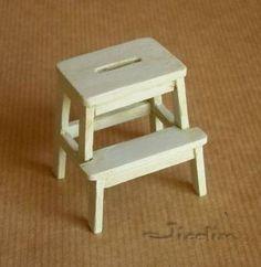 How to : Step Stool http://jicolin.free.fr/p_escabeau.htm