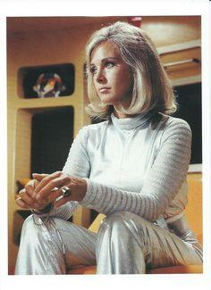UFO_04_Main Cast_Wanda Ventham Sci Fi Tv Series, Sci Fi Tv Shows, Vintage Tv, Vintage Beauty, Wanda Ventham, Erin Gray, Space Fashion, British Actresses, Classic Tv