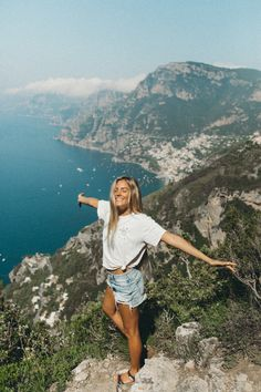 The Amalfi Coast - - Reisen - Travel Outfit Summer, Summer Travel, Summer Europe, Positano, Congo Brazzaville, Path Of The Gods, Reisen In Europa, Places In Italy, European Vacation