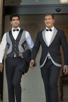 FELIX RAMIRO Indian Men Fashion, Mens Fashion Wear, Blazer Fashion, Suit Fashion, Mens Casual Suits, Casual Wear For Men, Business Attire For Men, Blazer Outfits Men, Moda Formal