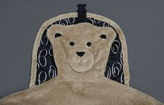 Embroidered teddy bear face  (swirl)