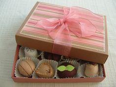 Felt food box of chocolate truffles by lisajhoney....so neat!