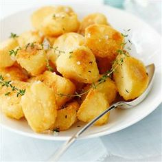 """Granny's Roast Potatoes Recipe ~ the BEST you will find. """"Granny"""" is mother to Ireland's top chef Darina Allen and grandma to celebrity chef Rachael Allen. So uh, yeah. They're pretty darn amazing potatoes."""