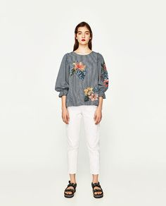 ZARA - WOMAN - EMBROIDERED FLOWER TOP