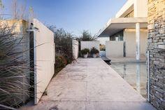 Casa Agua by Barrionuevo Sierchuk Arquitectas | HomeAdore