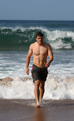 Jamie Roberts - Welsh rugby player :-)) I knew I liked rugby!