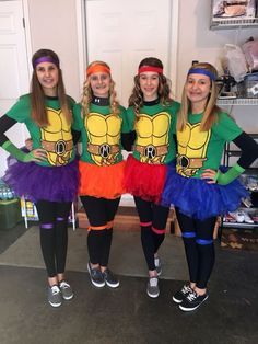 26 90s group halloween costumes you and your squad should dress up who says the teenage mutant ninja turtle have to be boys i love these cute halloween costumes that would be perfect group costume for teenage girls solutioingenieria Image collections