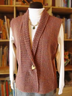 Treyi Vest – Knitting patterns, knitting designs, knitting for beginners. Gilet Crochet, Knit Shrug, Crochet Yarn, Knitting Paterns, Knitting Designs, Knit Vest Pattern, Vest Outfits, Sweaters, Clothes