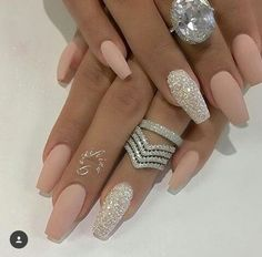 Nail - Hey fashioners, bling nails are definitely beautiful to behold! - - Hey fashioners, bling nails are definitely beautiful to behold! But how do you attain them? Well, painting your nails with a glitter polish can give t. Matte Nail Art, Cute Acrylic Nails, Silver Acrylic Nails, Matte Pink Nails, Acrylic Nails For Spring, Nude Sparkly Nails, White Gold Nails, Pink Sparkle Nails, Jewel Nails