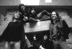 Pearl Jam, in-between drummers