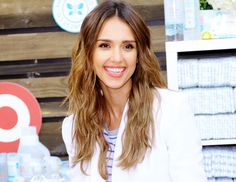 Jessica Alba's Perfectly Undone Waves
