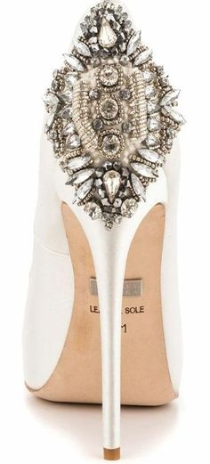 Badgley Mischka ♥✤. And for the coolest white shoe!!!