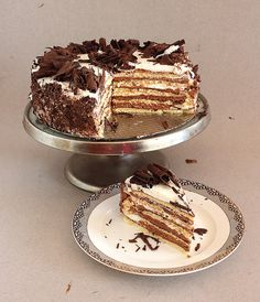 Biscuit cake.