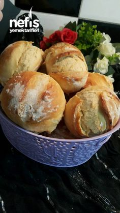 Mini Ekmekler - Nefis Yemek Tarifleri - Beceriklihatun Doritos, Hamburger, Cheese, Breakfast, Recipes, Pizza, Food, Brot, Morning Coffee