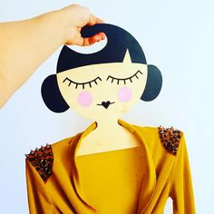 Geisha hanger prototype ❤    What do you think about it? What would you hang on it?    #hanger #hangerdoor #girl #wedding #wood #desing #decor #gift #giftideas #woodart #handmade #art #decoration #formom #fashiondolls #fashion #accessories #style #doll #dollmaker #girlface #geometric #handmadedoll #painting #kokeshi #stylishwoman #scandistyle #geisha