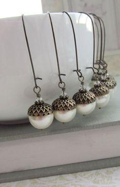acorn earrings :: love!