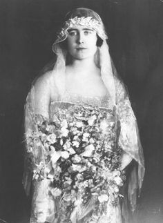 Lady Elizabeth Bowes-Lyon ( later Queen Elizabeth) on her wedding day to Prince Albert (the future King George VI)