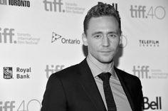 Pin for Later: Le Festival International du Film de Toronto N'a Jamais Été Aussi Glam Tom Hiddleston