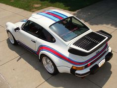 Very cool Martini paint job on this 930 Porsche (Cool Paintings Jobs) Porsche Logo, Porsche 2020, Porsche Cars, Porsche 930 Turbo, Porsche Cayman Gt4, 911 Turbo, Singer Porsche, Porsche Carrera Gt, Porsche Classic