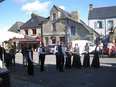 Fête du Pommé 2014 à Bazouges-la-Pérouse avec le Bagad de Dol-de-Bretagne.