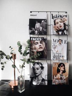 6 Creative Ways To Display Magazines decor decoration Creative Decor, Creative Home, Unique Home Decor, Diy Home Decor, Creative Ideas, Inspiration Wand, Home Decor Inspiration, Decor Ideas, Magazine Display