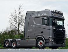 Customised Trucks, Custom Trucks, Road Hog, Hot Black Women, Counting Cars, Emergency Vehicles, Truck Accessories, Peterbilt, Motorhome