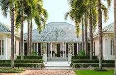 Single storey bungalow Bermuda style - house beautiful