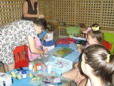 Atelier parinti/copii de pictura pe tricouri -  Salina Terra Centrum, Iasi. Proiect pilot Scoala Vie, 2012