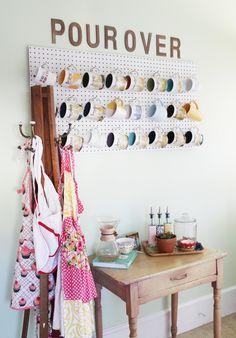 DIY: coffee mug peg board