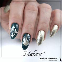 Ulubiony kolor naszych klientek 757 i złoto 720 Christmas Nails 2019, Green Nails, Beauty, Cosmetology, Green Nail