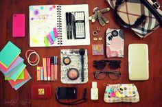 Beautiful Kayekie: What's In My Bag