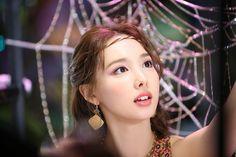South Korean Girls, Korean Girl Groups, Twice Mv, Twice Korean, Sana Minatozaki, Nayeon Twice, Myoui Mina, Im Nayeon, One In A Million