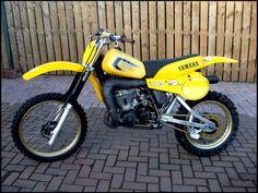 Yamaha YZ 465