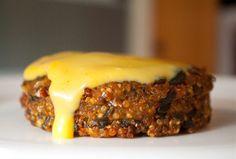 Healthy Quinoa Veggie Burgers..will probably use Panko instead of italian bread crumbs