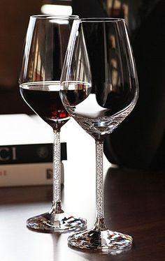 Dia 22 de Outubro, um brinde aos Enólogos e a todos aos amantes e apreciadores do Vinho! #wine #vinho #bordeaux