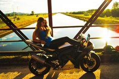 My Heart Is Beating ❤️ #motogirl #motochick #moto #r1 #yamaha #supersport #love #photo #girl #model #twowheels